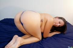 amateur big boobs panties