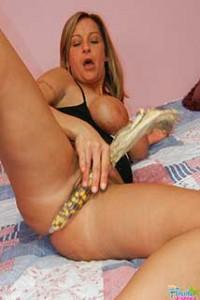 Leaana - Amateur Milf Porn